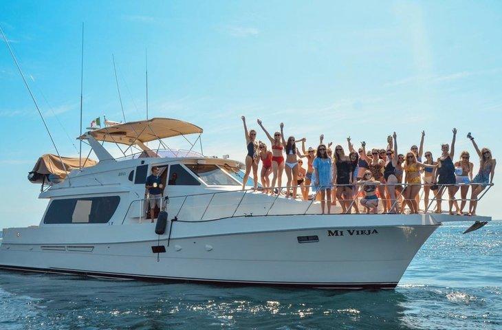 Cabo Bachelorette Yacht Charter.jpg