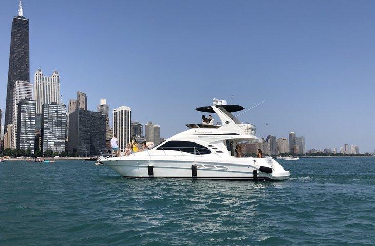 Chicago Yacht 3.jpeg