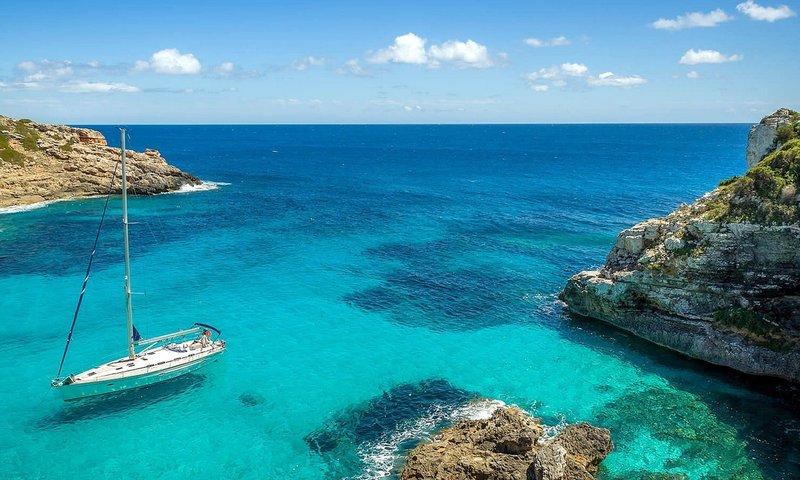 Corsica Boat Rentals.jpg