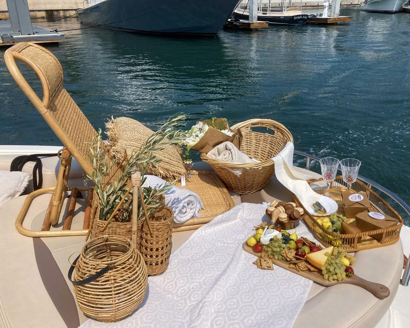 picnic at sea (1).jpg