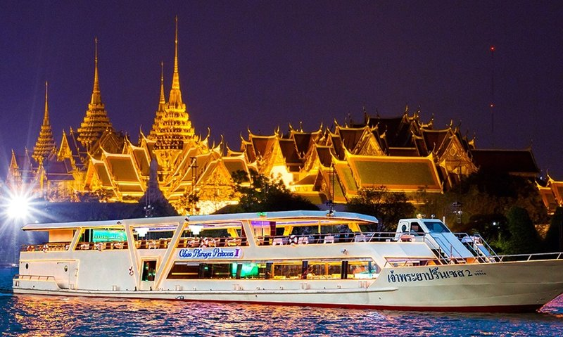 Dinner Cruise Thailand.jpeg