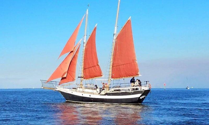 Galveston Pirate Boat.jpg