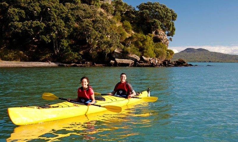 Kayak Auckland.jpg