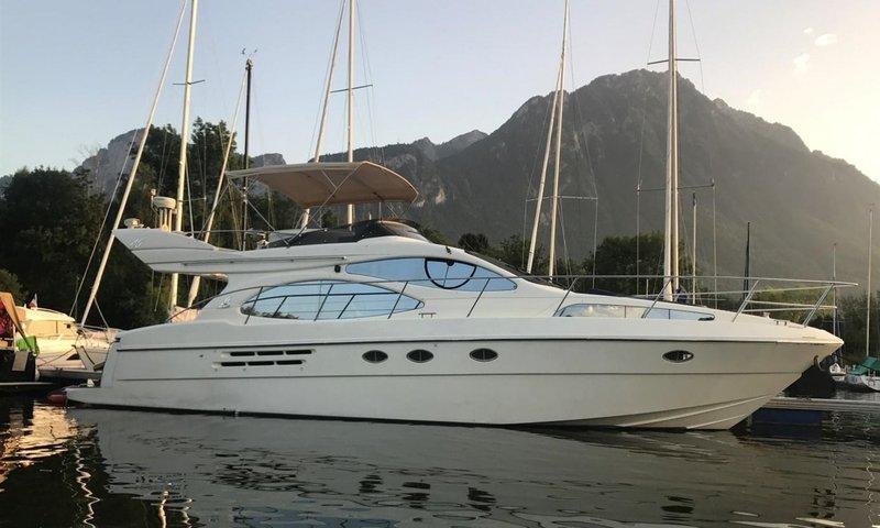 Lake Geneva Yacht.jpg