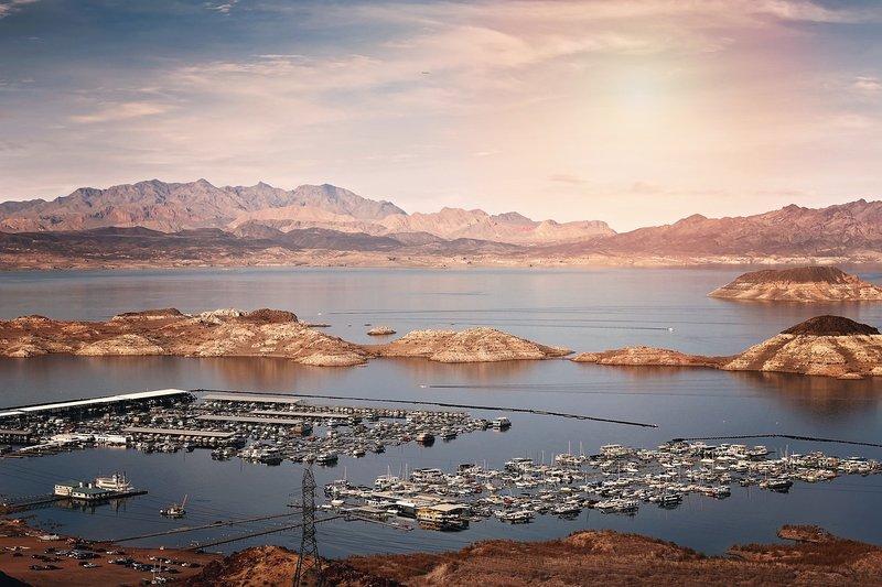 Lake Mead 2.jpg
