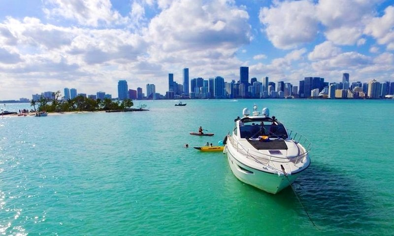 Miami Boat Rentals for labor day