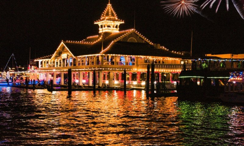 Newport Beach Holiday Christmas light boat parade