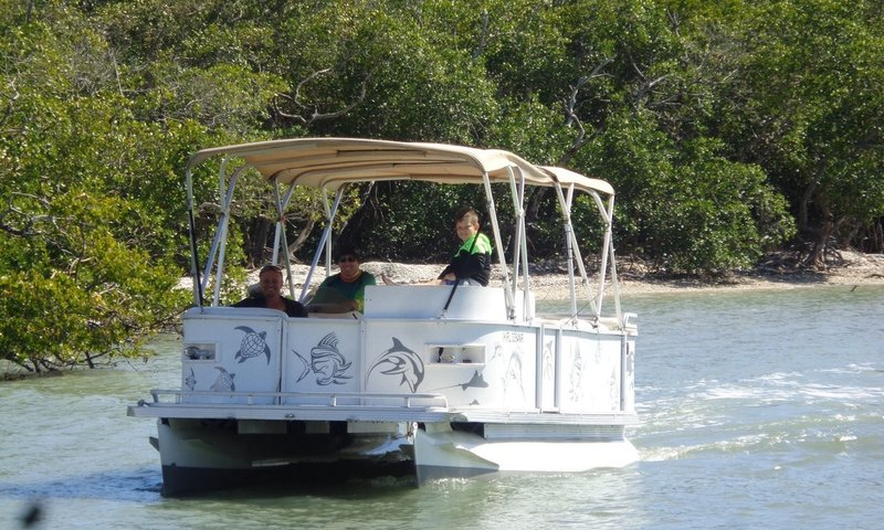 Pontoon Marco Island.jpg