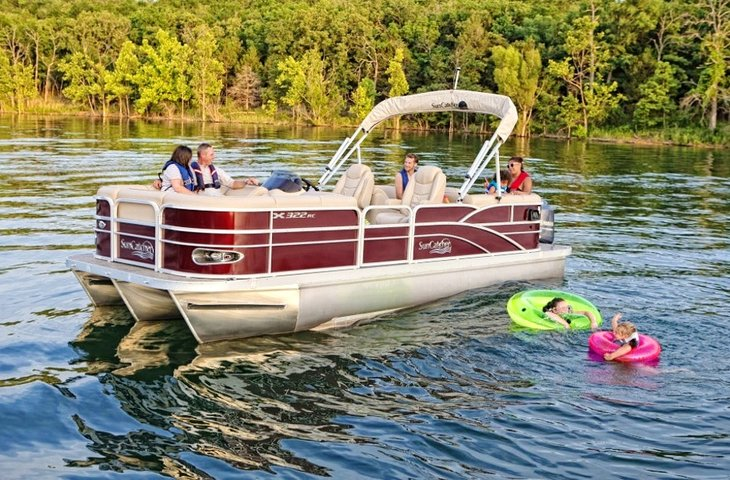 Pontoon Rentals for Labor Day
