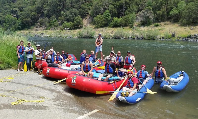 Rafting Bend Oregon.jpg