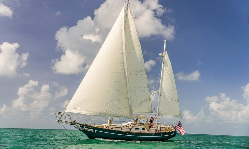 Sailing Charters Key West.jpg