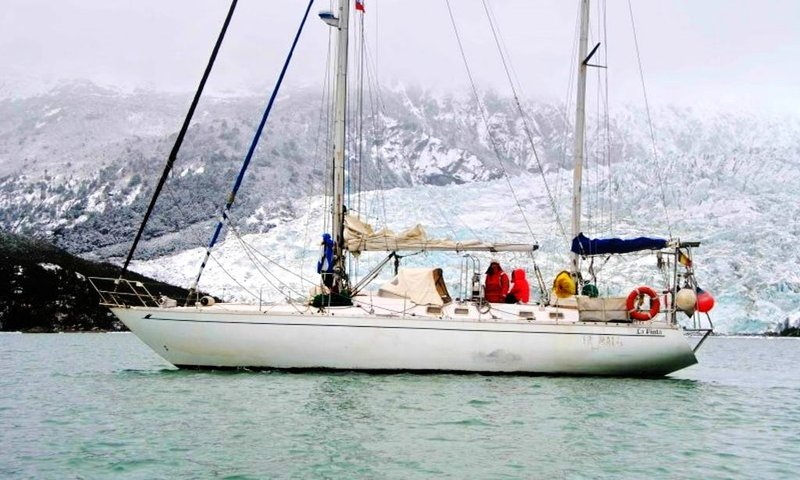 Sailing Expeditions to Antarctica