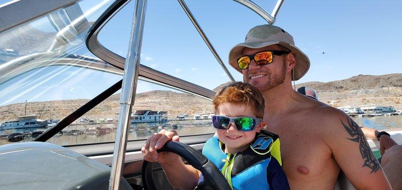 _Jeff Reynolds_boat-rentals-review-henderson-nevada-yamaha-ar230-high-output-17117 (1) (1).jpg