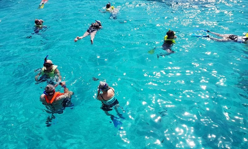 best snorkeling in the Philippines