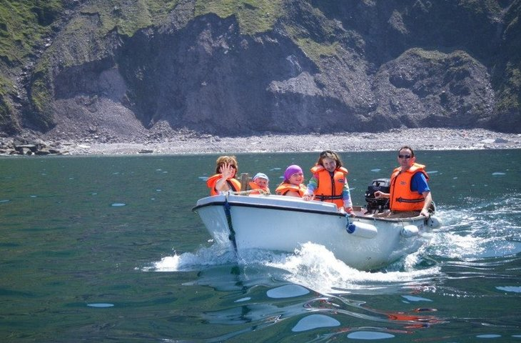 boaters with life vests