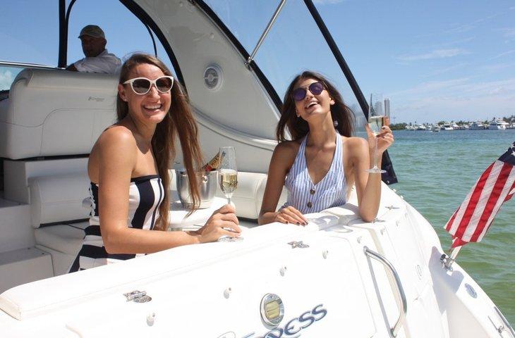 boat-rentals-hallandale-beach-florida-cruisers-yacht-370-express-processed.jpeg