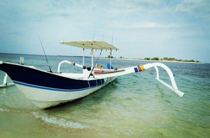 boat-rentals-selaparang-nusa-tenggara-barat