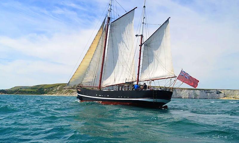 england classic tall-ship