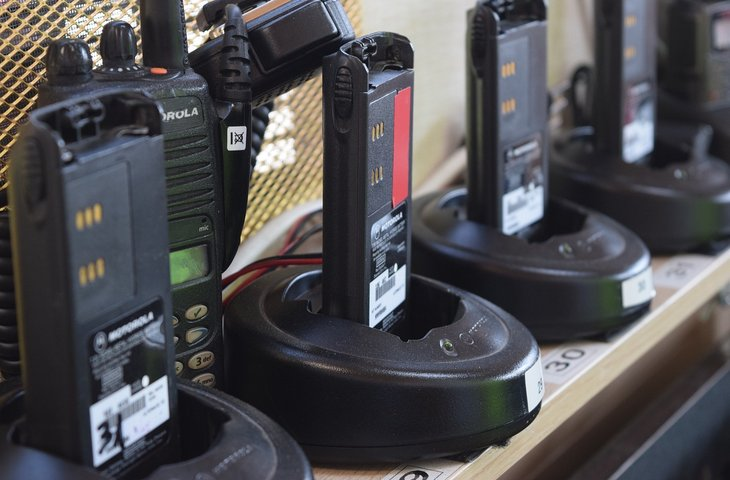 walkie talkie.jpg
